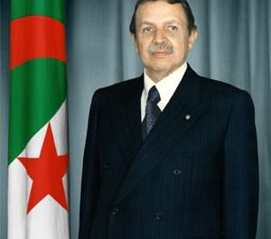 Séismes en Iran : le président Bouteflika adresse ses condoléances à son homologue iranien
