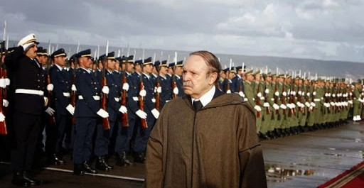 Bouteflika va mettre à la retraite le Général Toufik : Échec et mat ?