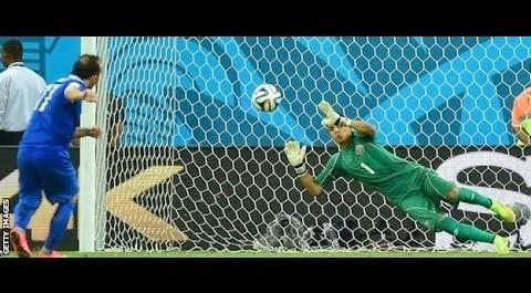 Pays-Bas 0 – 0 (Pen 4-3) Costa rica