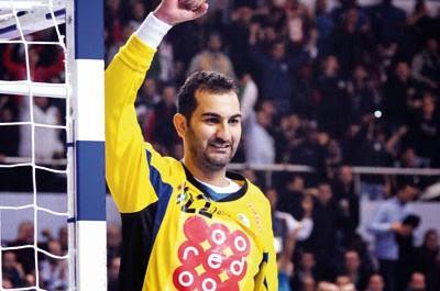 le stage de l'équipe nationale de handball a commencé hier, Slahdji reprend du service