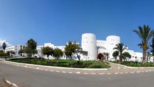 Nouri appelle les investisseurs à opter pour de grands complexes touristiques