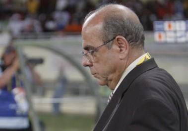 Équipe nationale: Le roi, le fou et le clown équilibriste