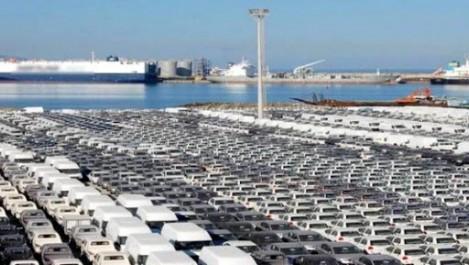 Véhicules: les importations ont baissé de 2,5 milliards de dollars en 2015