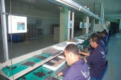 Condor fabriquera des micro-ordinateurs algériens