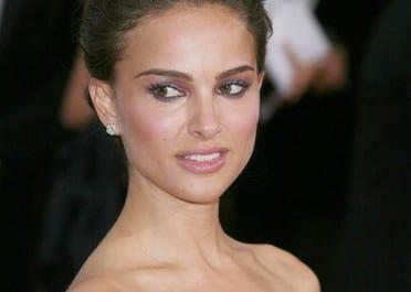 Natalie Portman joue les châtelaines