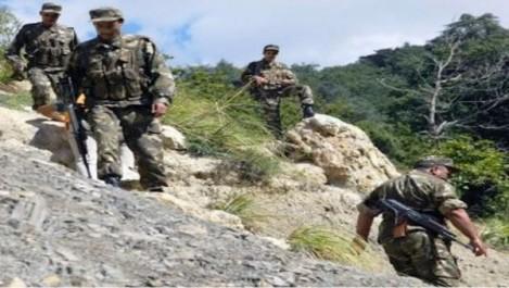 Lutte antiterroriste: 11 casemates et 2 bombes artisanales détruites à Batna (MDN)