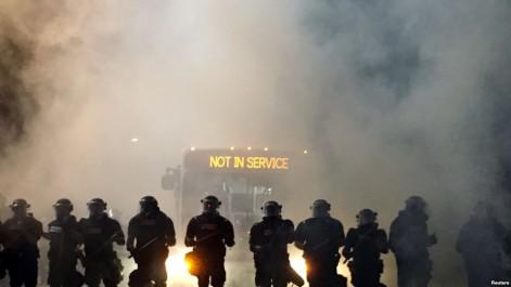 Un noir américain tué par la police: Violentes manifestations en Caroline du Nord