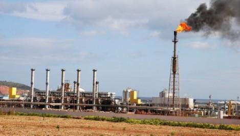 «Augmenter la production pétrolière de l'Algérie va détruire les gisements»-Amor Khelif (audio)
