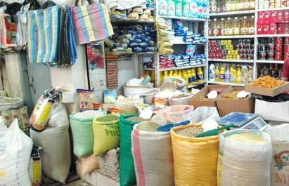 Oran: les épiceries de quartier rudement concurrencées par les grandes surfaces