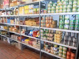 Les épiceries de quartier concurrencées par les grandes surfaces