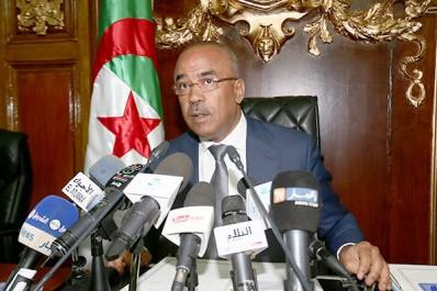 Bedoui: « Ils veulent livrer l'Algérie aux mains de l'ennemi!»