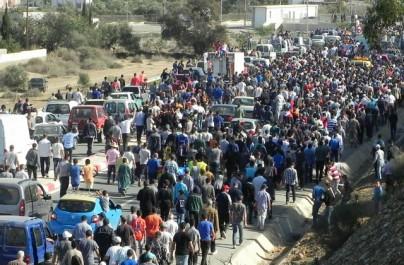 Maroc : Après la mort du poissonnier Mouhcine Fikri, des milliers de manifestants contre la «Hogra»