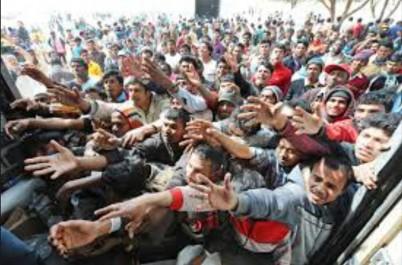 28 corps repêchés et 4655 migrants secourus au large de l'Italie
