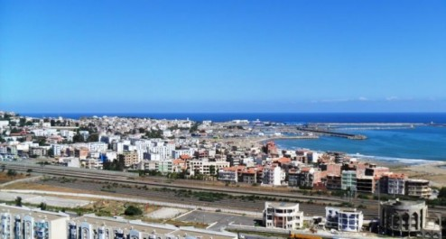 Les athlètes algérois dominent la compétition de pêche à la canne à Jijel