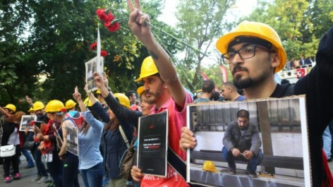 Turquie: tout rassemblement interdit à Ankara