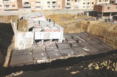 Les riverains craignent le pire à Bouzaréah: Une construction en cours sur les fondations d'une bâtisse démolie