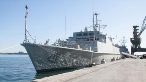 Le 2ème Groupe naval de contre-mesures contre les mines de l'OTAN accoste au port d'Alger