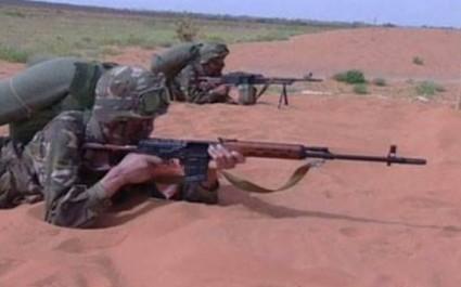 Un véhicule tout terrain chargé d'un fusil mitrailleur FM intercepté à Tamanrasset (MDN)
