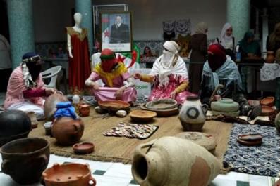 Jijel: 55 participantes au salon de la femme rurale et le monde de la culture.