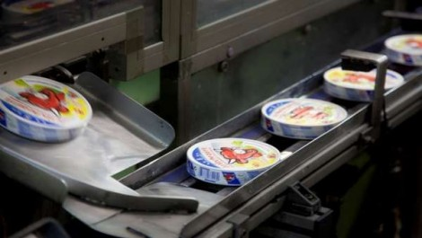 Saisie de cinq lots de fromage «La Vache qui rit» présentant des moisissures: La chaîne du froid est-elle respectée ?