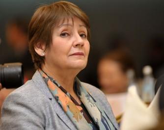 « Les enseignants dont les dossiers ont été déposés avant le 31 octobre mis à la retraite »