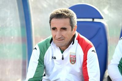 MCA, Il a annoncé sa démission après la défaite en finale de la super coupe , Menad : «J'y ai mis du cœur, mais ça n'a pas marché»
