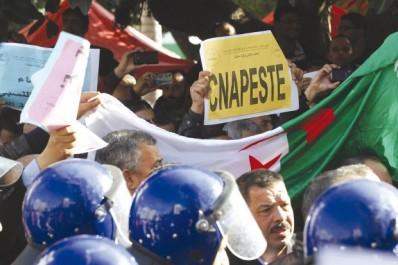 Deuxième jour de la grève cyclique de l'intersyndicale: Les fonctionnaires ne lâchent pas prise