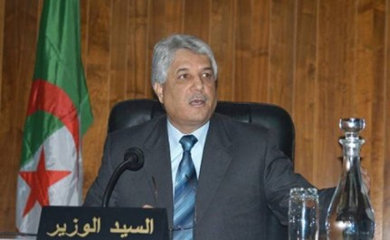 Les lois sur les hautes fonctions à nationalité algérienne exclusive et sur l'état-civil adoptées, Louh satisfait