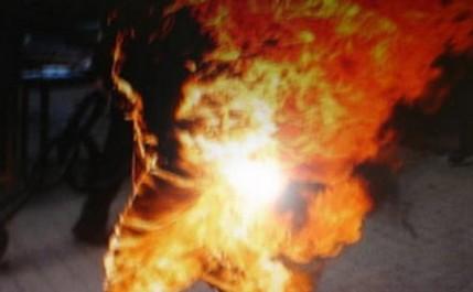 BÉJAÏA : Un jeune homme décède après s'être immolé par le feu