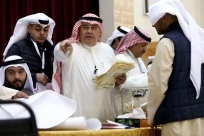 Législatives au Koweït: l'opposition remporte la moitié des sièges