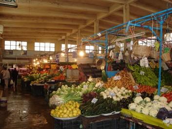 MOSTAGANEM : Une campagne de volontariat pour le marché couvert