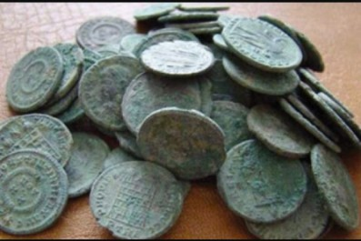 El Tarf: saisie de sept pièces de monnaie anciennes datant de l'époque ottomane à El Kala