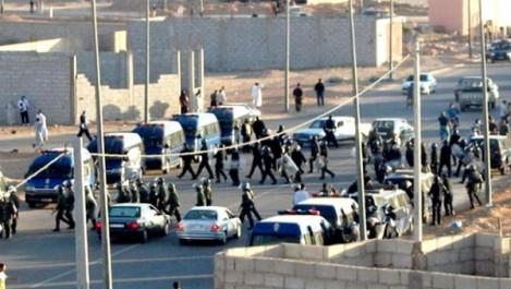Sahara occidental: les forces marocaines répriment une manifestation sahraouie pacifique à El-Aâyoun