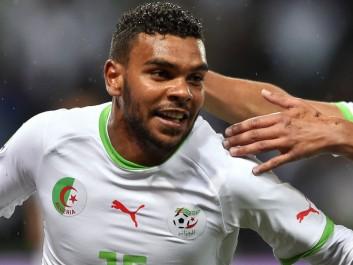 EN : Soudani s'entraîne avec l'ASO Chlef