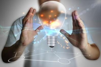 Algérie:Le prix national de l'invention attribué à trois inventeurs et à l'entreprise Meditool de Batna