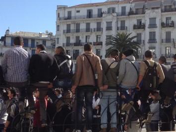 Selon une étude, 75% des algériens préfèrent rester en Algérie pour développer leur pays