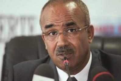 Attentat suicide à Constatine: Bedoui exprime sa solidarité avec la police