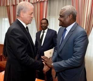 M. Sellal reçoit le ministre tchadien des Affaires étrangères.