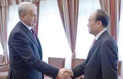 Sellal reçoit le secrétaire général de l'UIT.