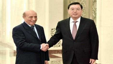 Ould Khelifa s'entretient à Pékin avec le Président du Comité permanent de l'Assemblée nationale populaire chinoise