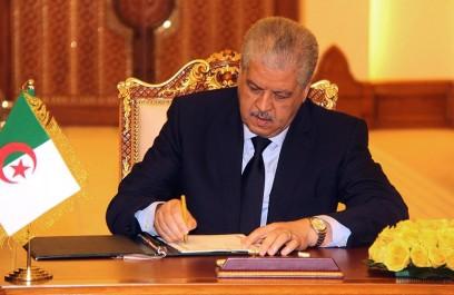 Pour débloquer la crise libyenne, le maréchal haftar reçu par Sellal et Mssahel: Alger hausse le ton