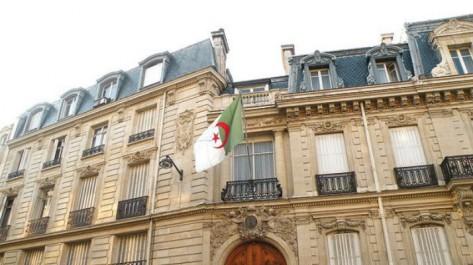Ils ont 65 ans et plus, ces ambassadeurs d'Algérie qui font les «prolongations» et bloquent les jeunes
