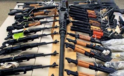 Algérie: Un terroriste se rend en possession d'un arsenal de guerre
