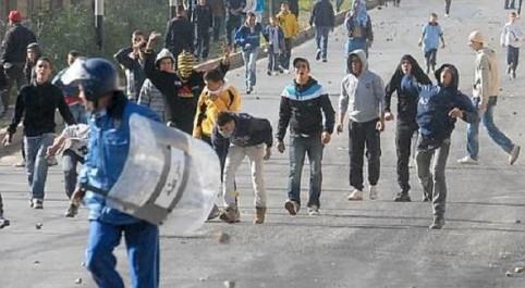une semaine aprés les évenements de béjaia les algériens entre inquiétudes et espoirs