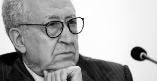 CNCPPDH: Le Prix des droits de l'Homme décerné à Lakhdar Brahimi