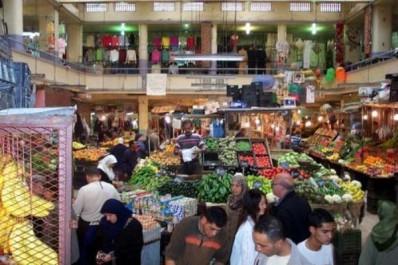 Les algériens dépensent près de 50% de leurs revenus en nourriture