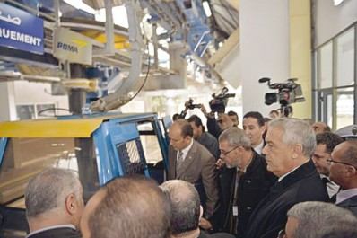 Il était jeudi dans les wilayas de Blida et de Médéa: Boudjema Talaï actionne le téléphérique Blida-Chréa.