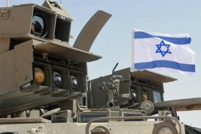 SYRIE: Tirs de missiles israéliens près d'une base aérienne