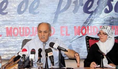 Faux : les 10 000 médecins algériens exerçant en France ne sont pas formés par l'Algérie ! (vidéo)