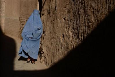 Le Maroc interdit la fabrication et la vente de burqas